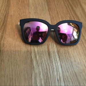 DIFF Polarized Mirrored Sunglasses